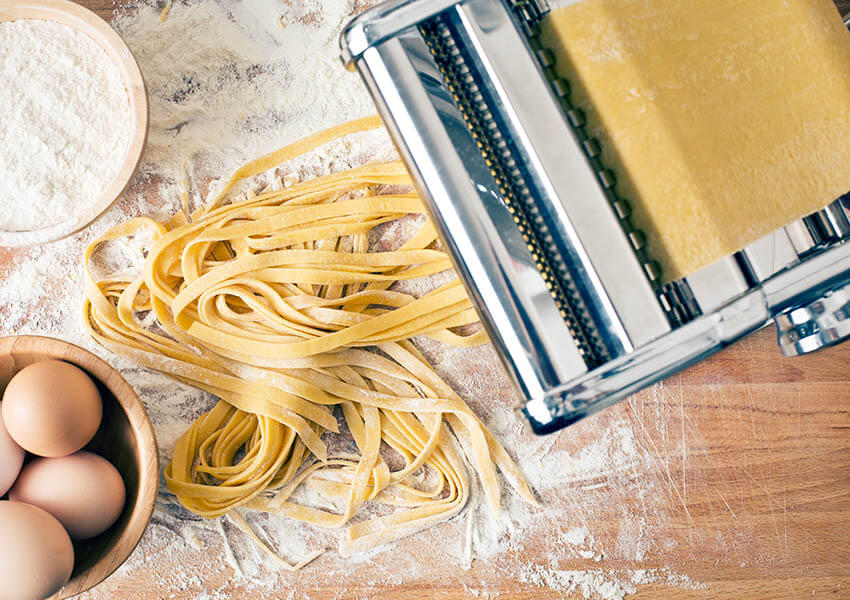 Essential Italian cooking tools - pasta machine