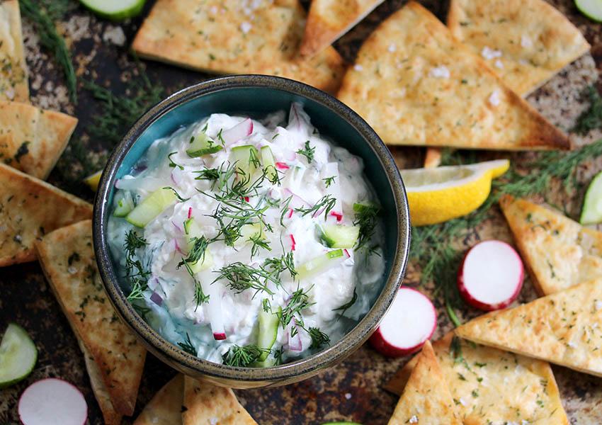 Homemade Tzatziki Sauce with Herby Pita Chips
