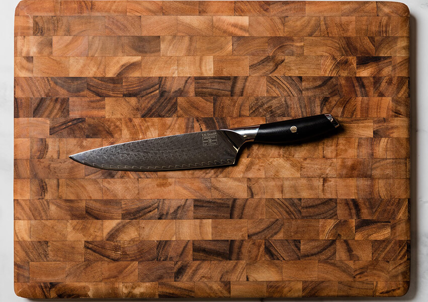 """Kitchen Knife Care: Use Right Cutting Board"