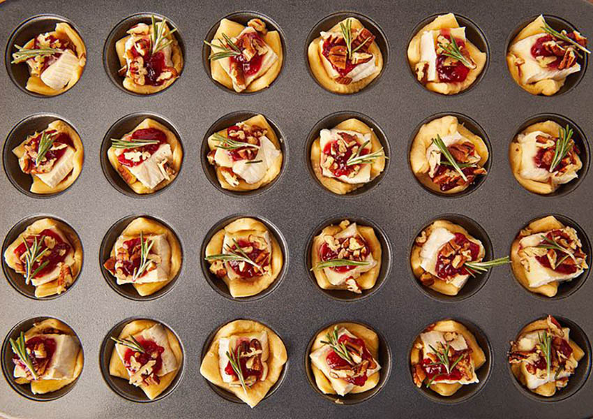 Holiday Appetizers: Cranberry Brie Bites