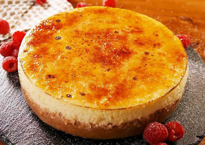 Holiday Desserts: Creme Brulee Cheesecake