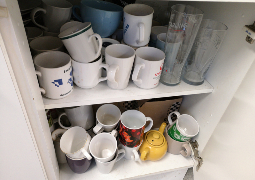 How to Organize Your Kitchen Crockery